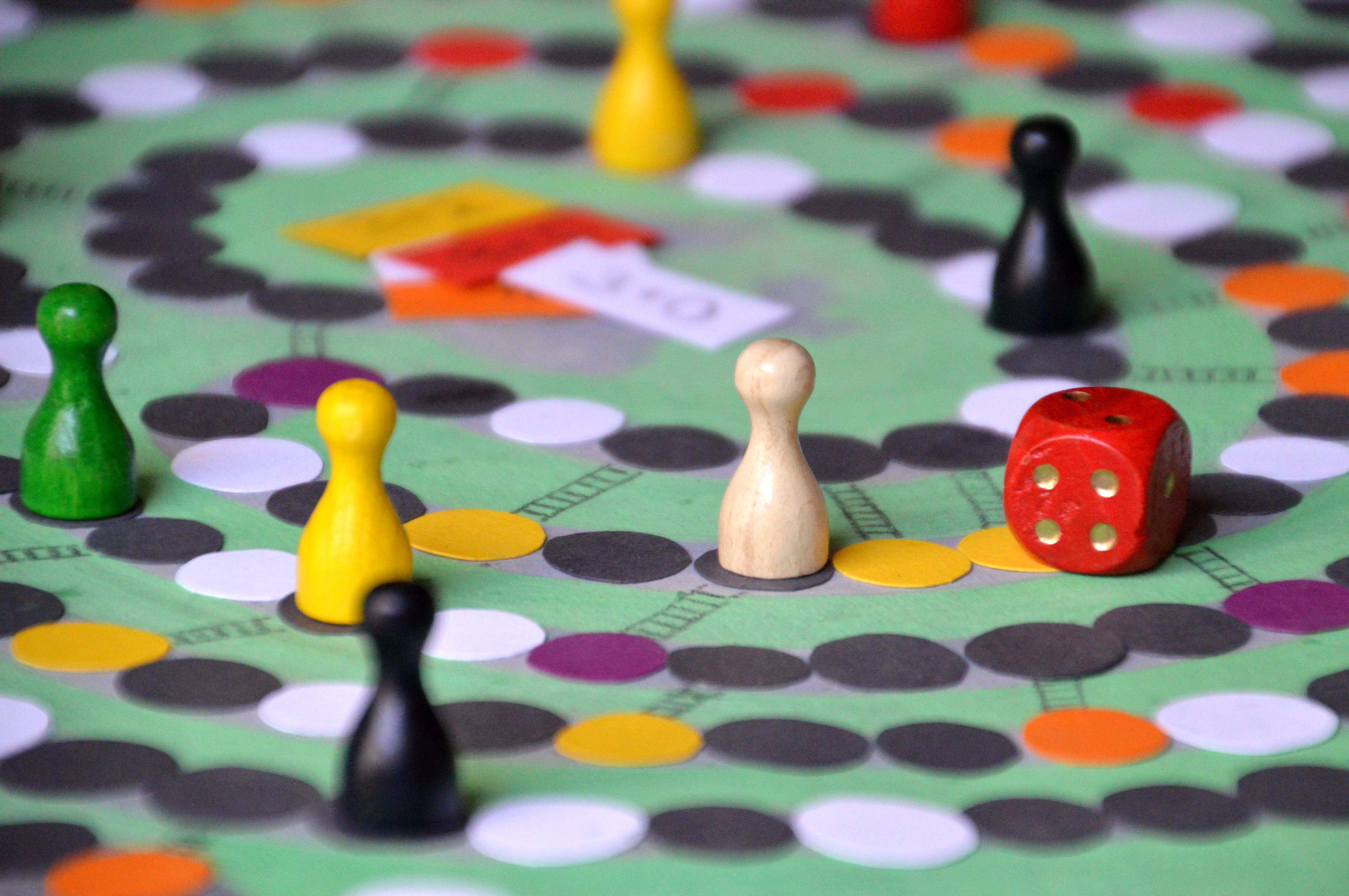 子供も女性も楽しめるmidoriのおすすめボードゲーム〜タイプ別6選〜